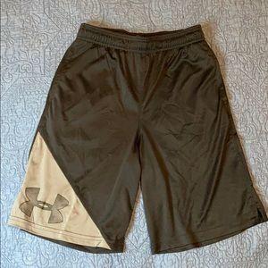Black under Armour basketball shorts